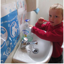 child-brush-sink